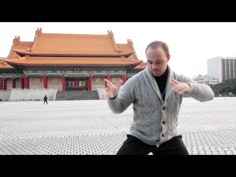 FORM & FUNCTION with Adam Mizner - Tai Chi Chuan sifu, Adam Mizner, demonstrates tai chi forms and martial applications.  TAI CHI CROSSROADS BLOG: taichicrossroads.blogspot.com - #Tai_Chi #Taijiquan