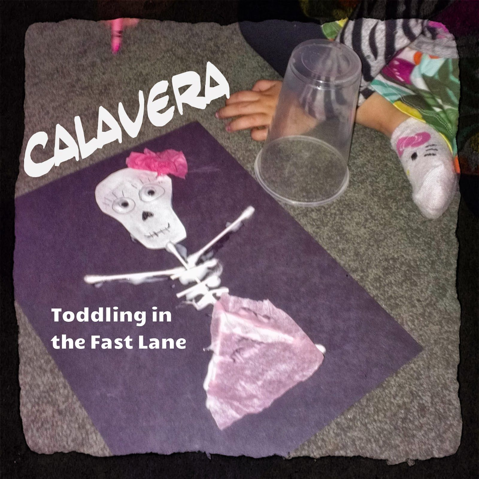 Song + Link to Pinning Party Toddling in the Fast Lane: Diez Esqueletos