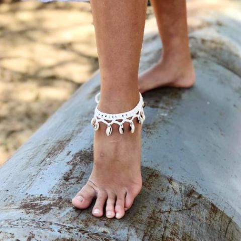 White Anklet White Ankle Bracelet Hemp Anklet Summer Jewelry Cuff Anklet Pearl anklet Wedding Anklet Foot Jewelry Leather Anklet