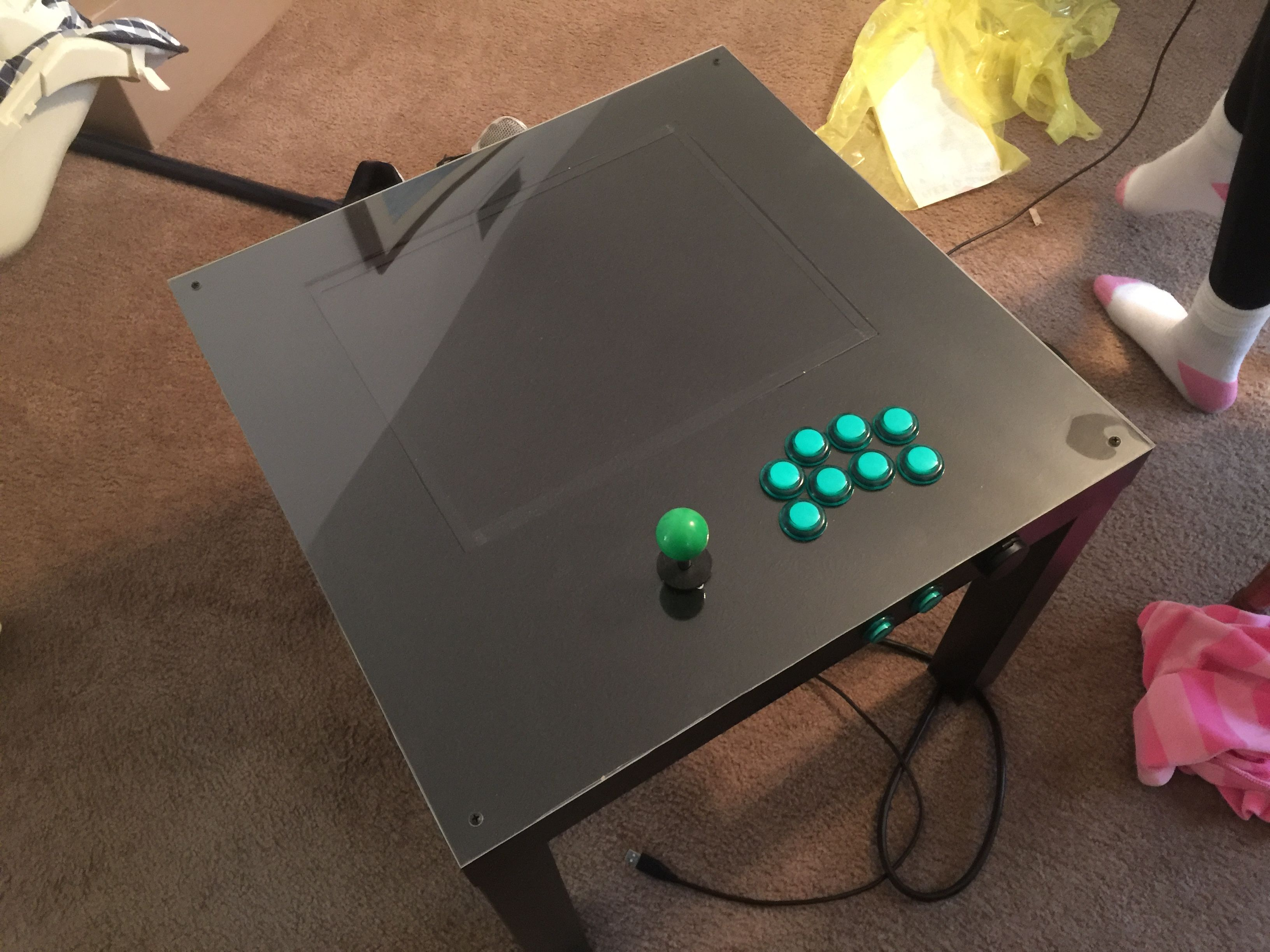 My ikea arcade hack pik3a arcade diy pinterest for Ikea table d arcade