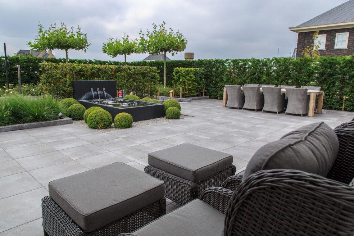 Trivium ceramics onderhoudsvriendelijke tuin hoog
