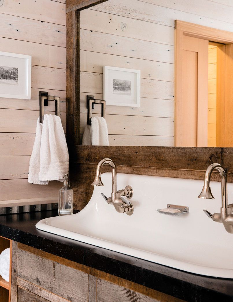 Bad eitelkeit design rustic look  these hallmarks of cabin decor will help you amp up