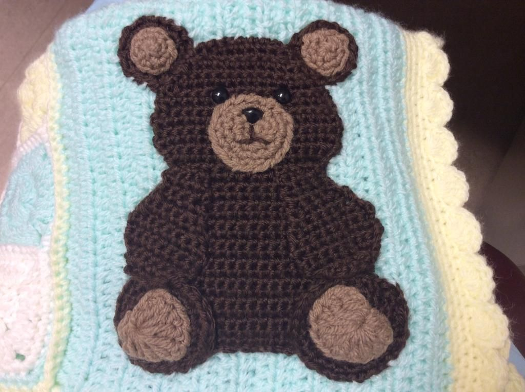 Cute teddy bear seated embroidered iron sew on cloth patch badge