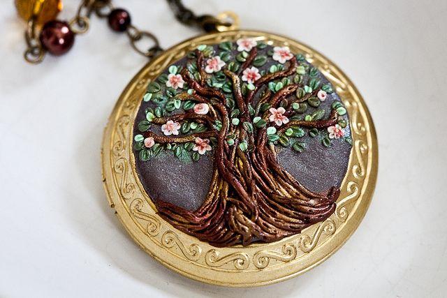 tree locket