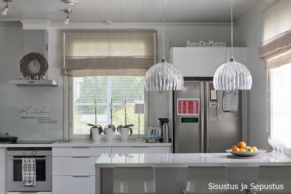 light colors in kitchen