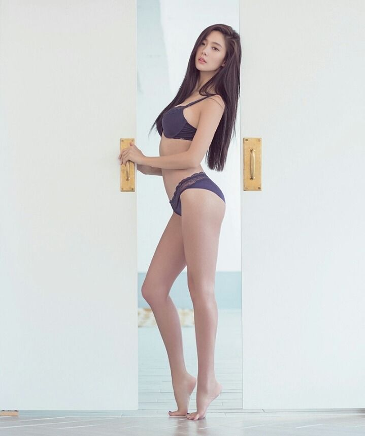 Sexy Clara Sexy Korean Women Girl Hot Korea Racing Models Beautiful Girls Bikini Lingerie Underwear Asian Kpop Idol