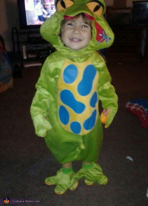 baby frog 2012 halloween costume contest