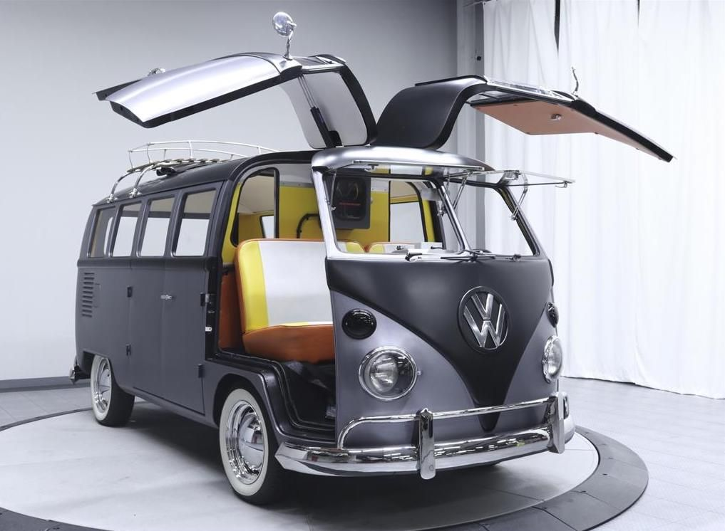 The Famous Vw Bus Takes Us Back To The Future Vintage Vw Bus Volkswagen Bus Vw Bus