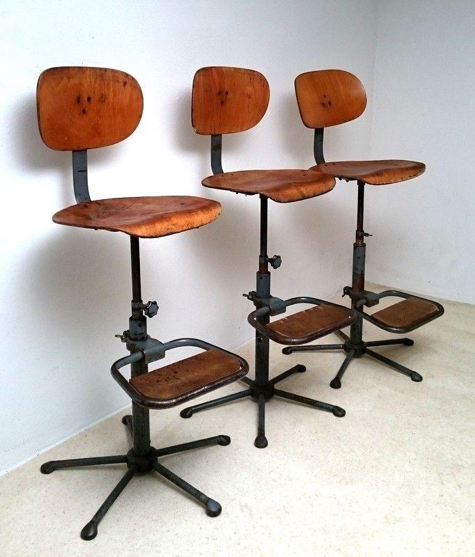 arbeitsstuhl mit fu st tze fabrikstuhl werkstattstuhl. Black Bedroom Furniture Sets. Home Design Ideas