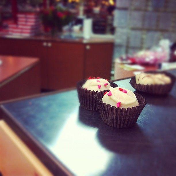 I love tiny hearts... and chocolate together. :)