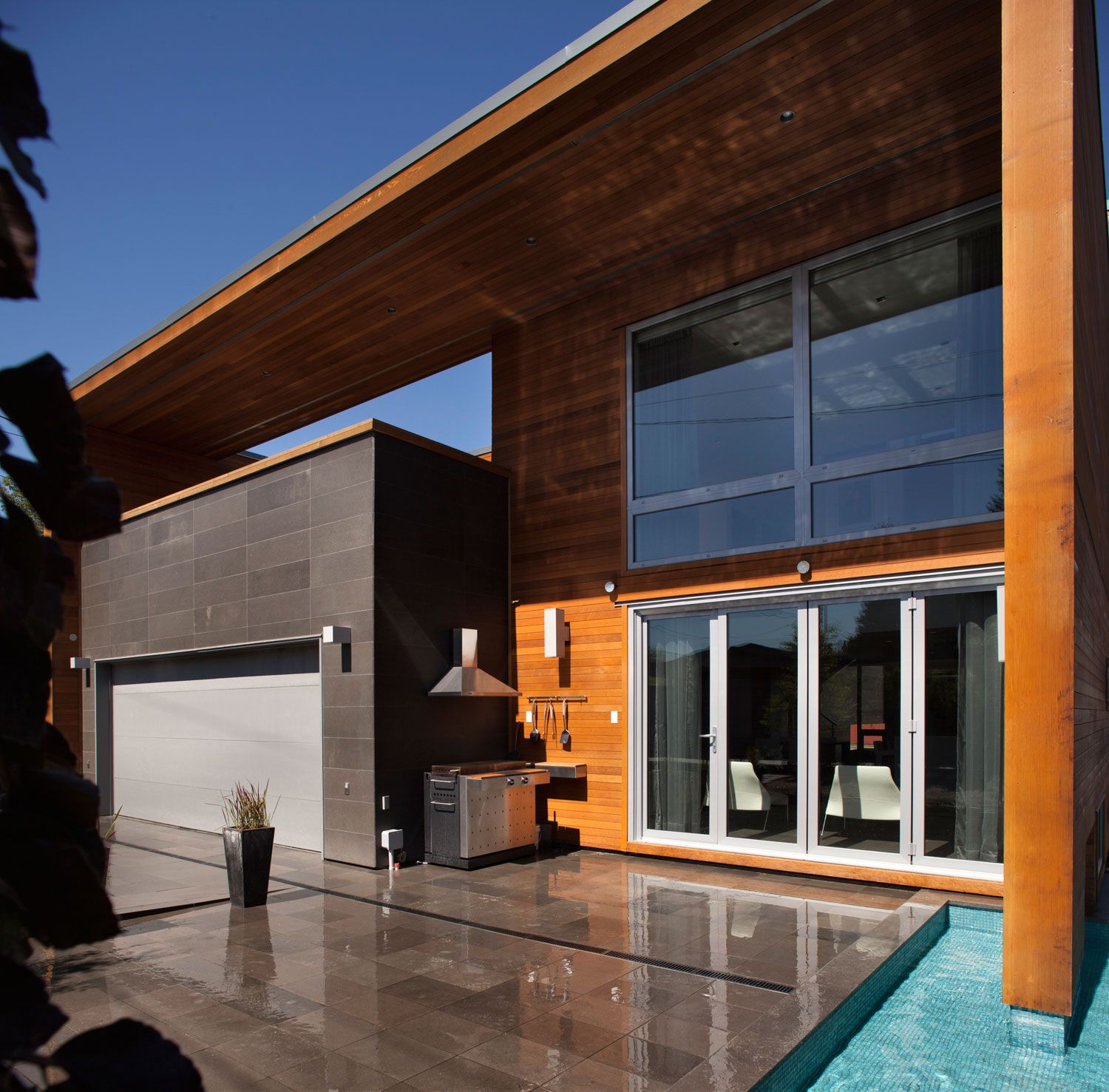 Chilliwack by Randy Bens Architect | Living Space | Pinterest ...
