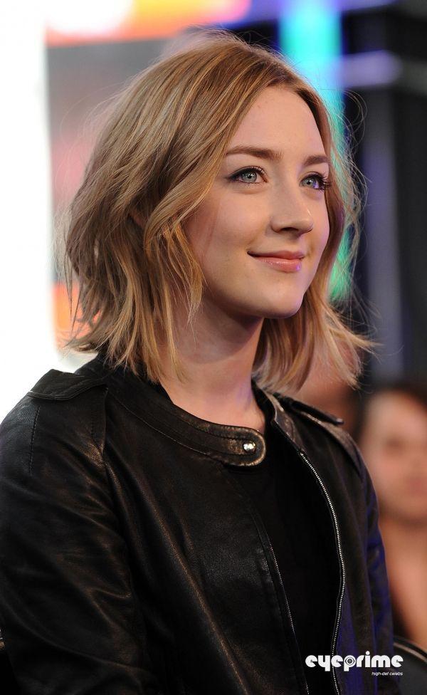 Picture Of Saoirse Ronan Medium Hair Styles Short Hair Styles Hair Styles