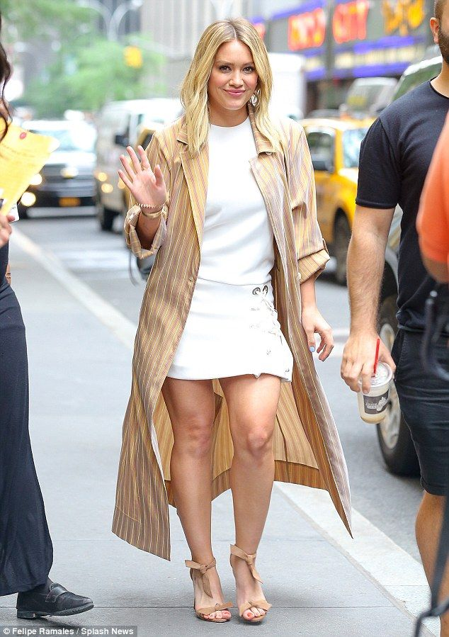 skirt Hilary duff mini