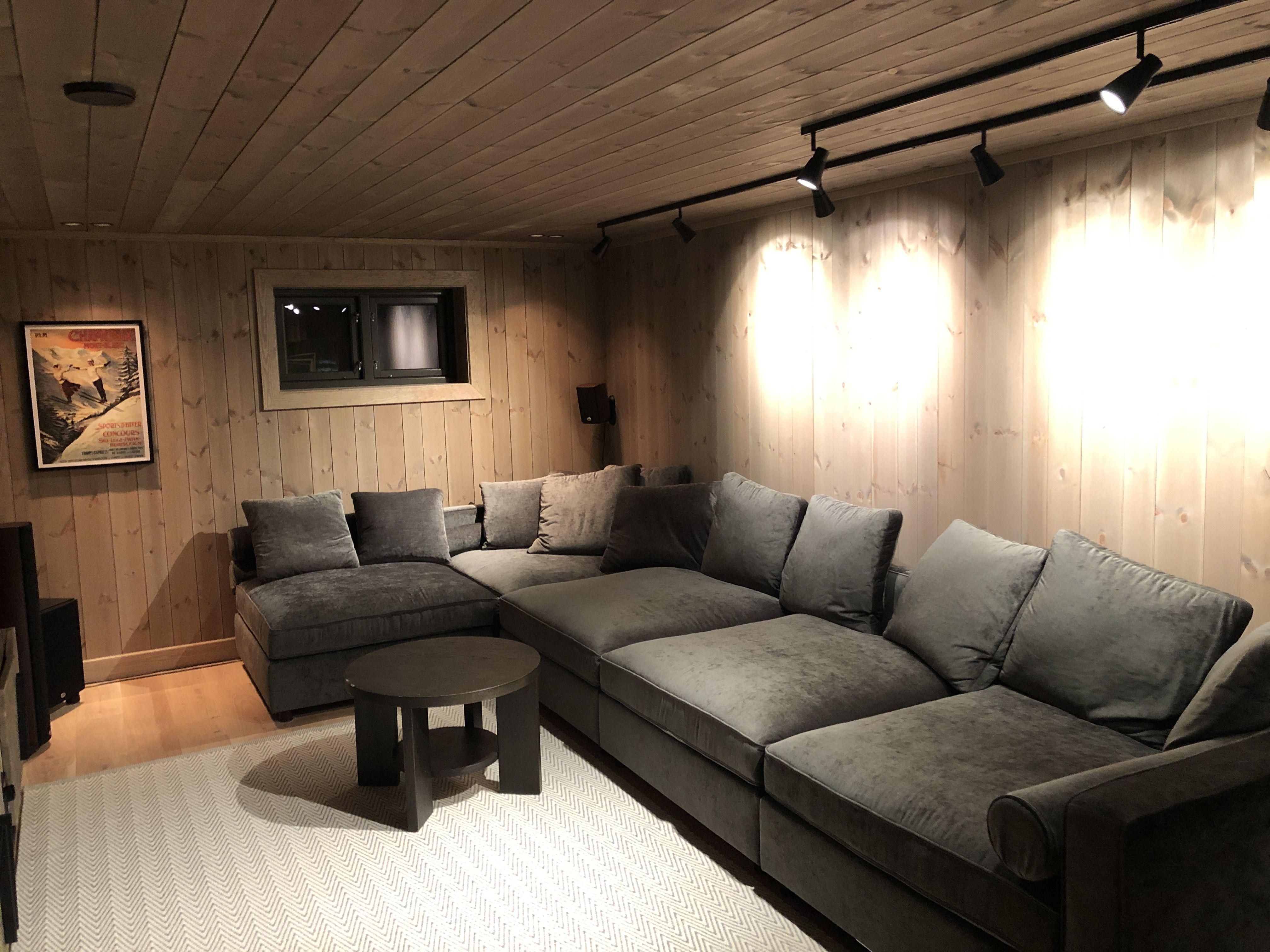Photo of Lun og koselig #sofakrok med #panel fra Vyrk