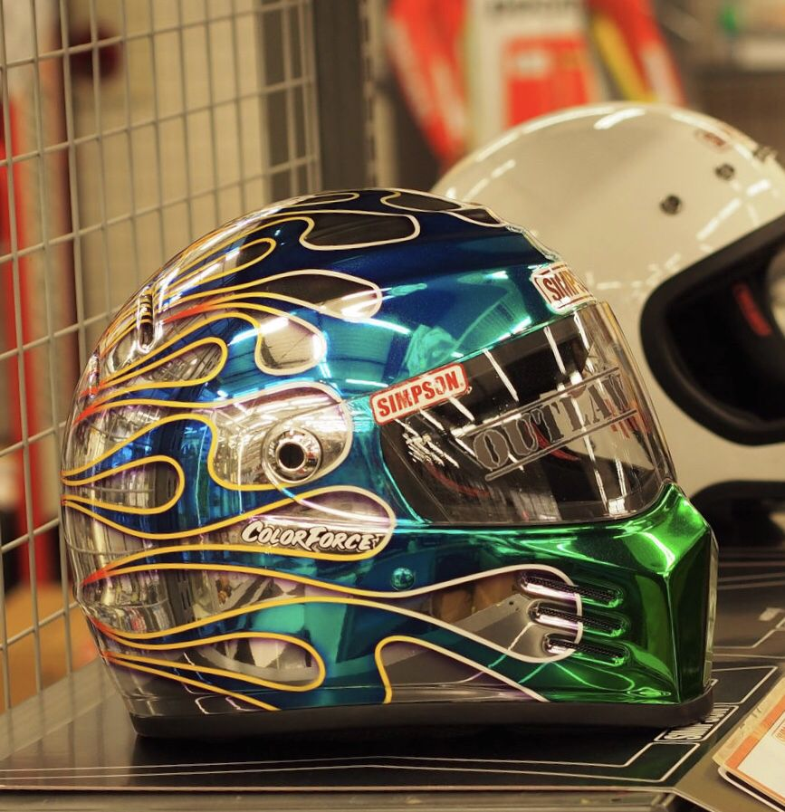 Pin By Motocroquis On Simpson Helmet Design Custom Helmets Simpson Helmets