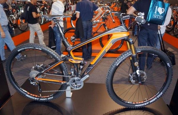 tradeshow gallery – cool mountain bikes from devinci, ktm