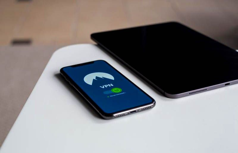 how to remove vpn on iphone