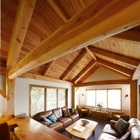 Timber Frame Construction Exposed Frames And Trusses Nz Timber Frame Construction Timber Ceiling Timber Framing