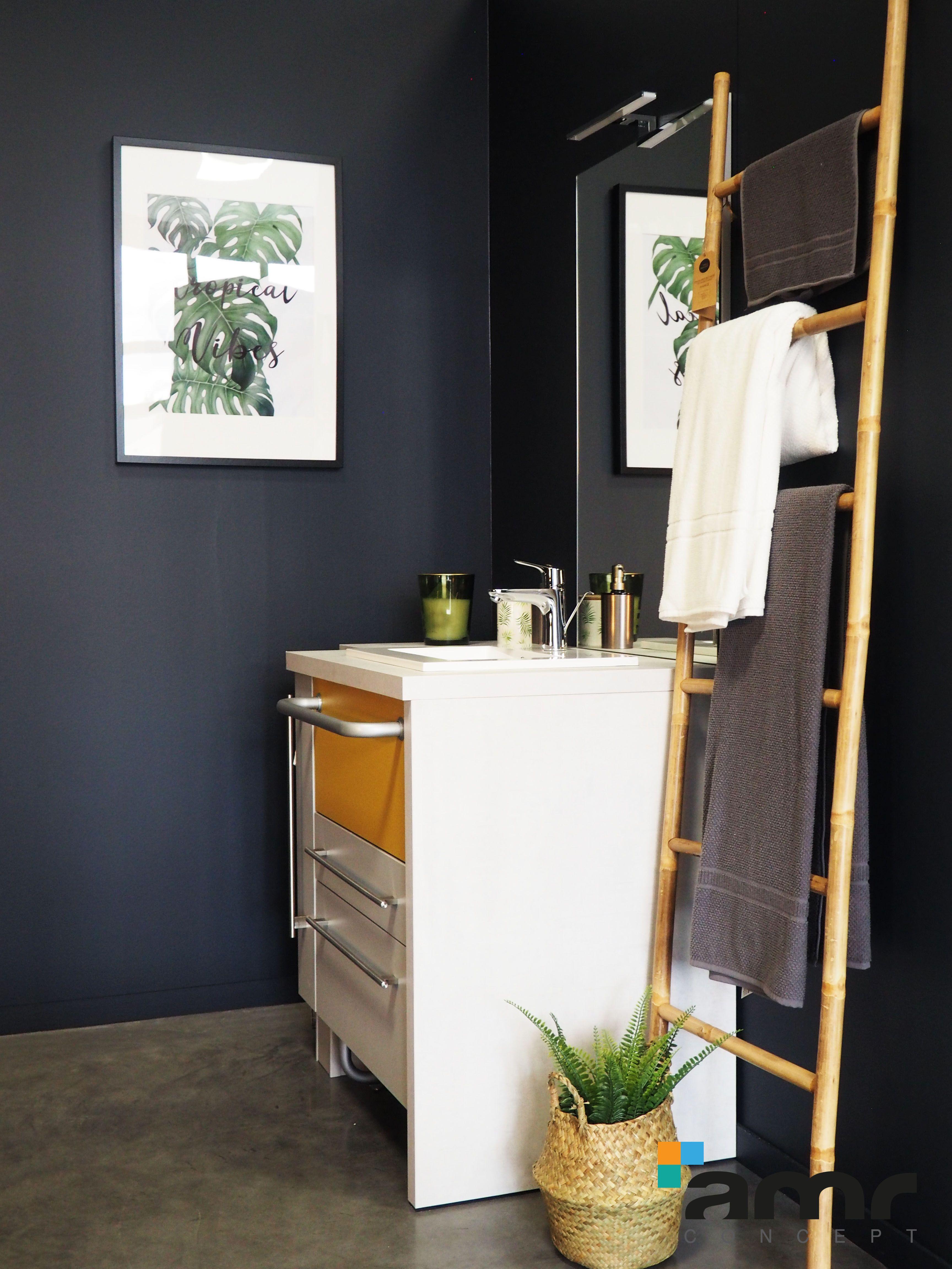 Meubles Salle De Bain Personnes Handicapées salle de bain adapté avec meuble sit up parfait pour l