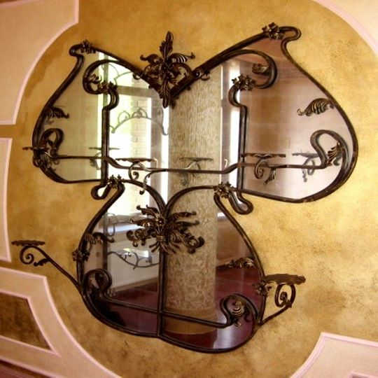 Iron Works Wall Decor Adds Symmetry To Your Dwelling 01