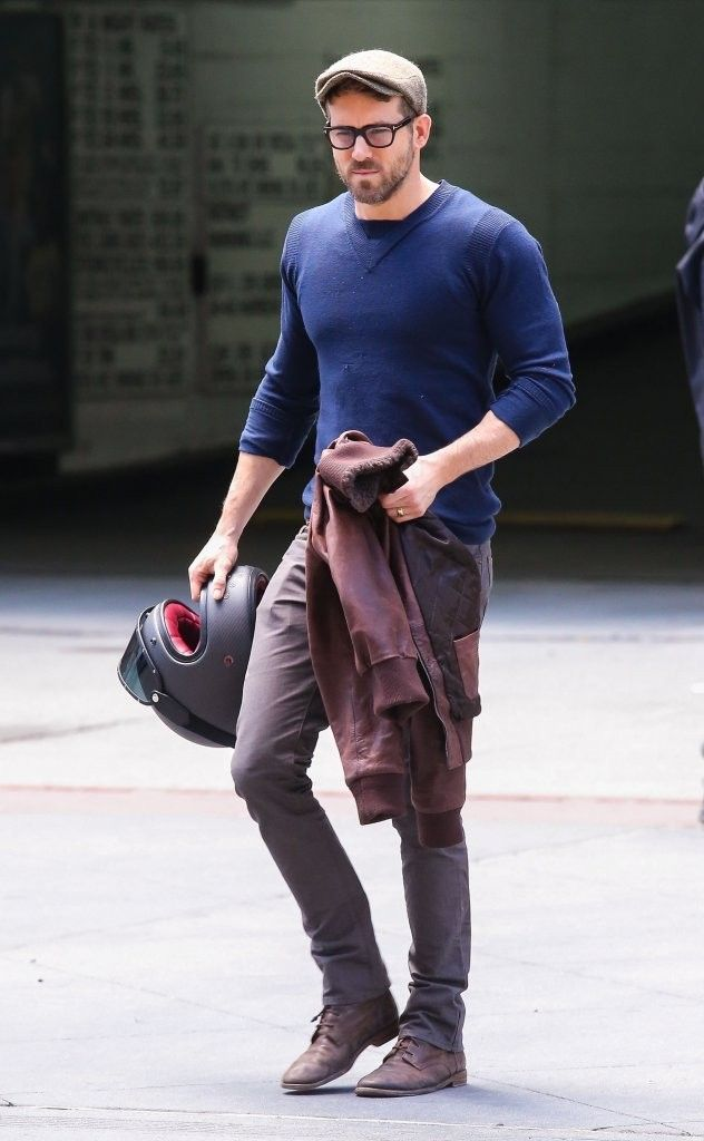 42ba48a863 RYAN REYNOLDS HAS BEEN CHOSEN AS OUR FINAL MALE CELEBRITY FASHION ICON FOR  2016. I CHOSE HIM BECAUSE OF HIS ABILITY TO LOOK DAPPER AND SOPH.