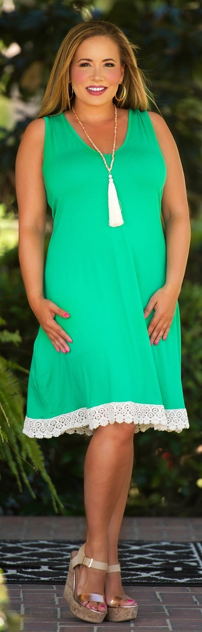Perfectly Priscilla Boutique - Living Out Loud Dress - Kelly Green, $41.00 (http://www.perfectlypriscilla.com/living-out-loud-dress-kelly-green/)