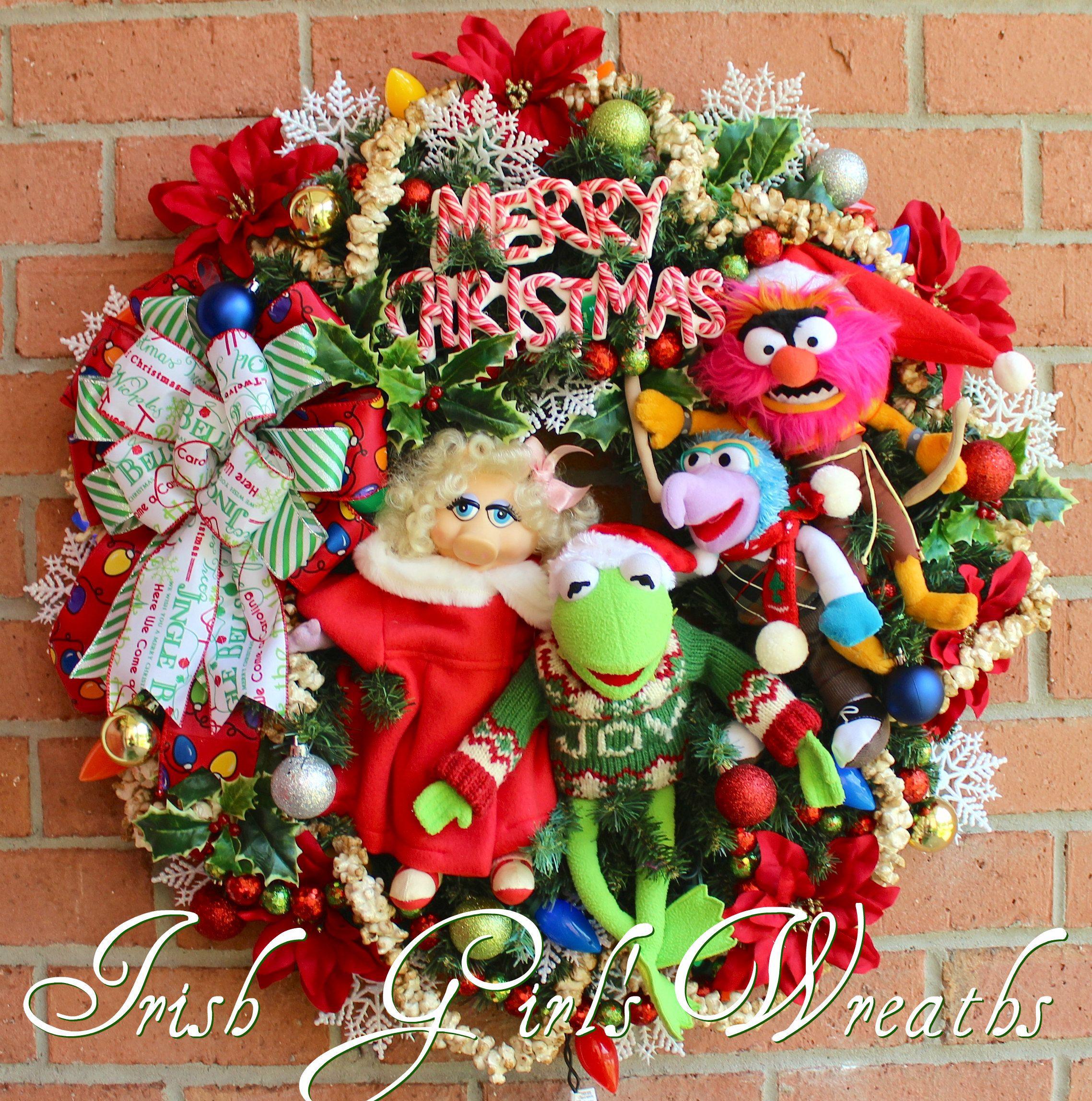Muppets Merry Christmas Wreath starring Kermit, Miss Piggy, Gonzo ...