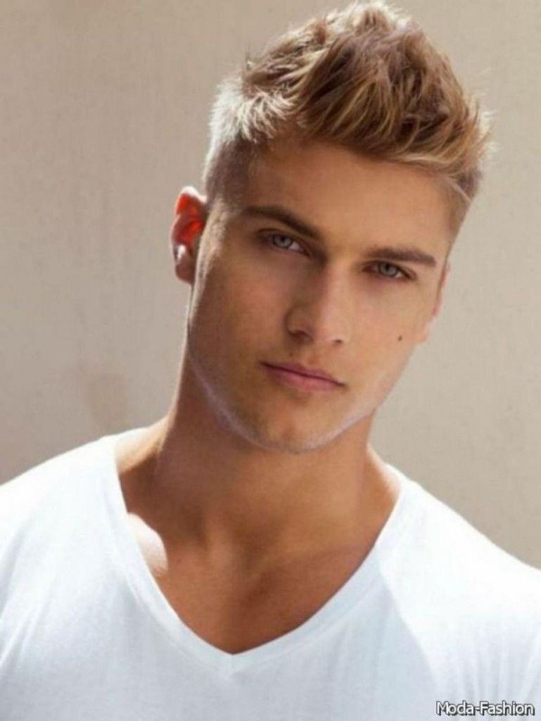 Amazing Mens Hairstyles For Round Faces Ideac03 Hairllo