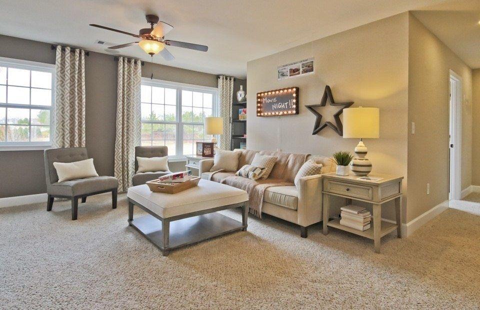 Living Room With Medium Beige Frieze Twisted Carpet Flush Light