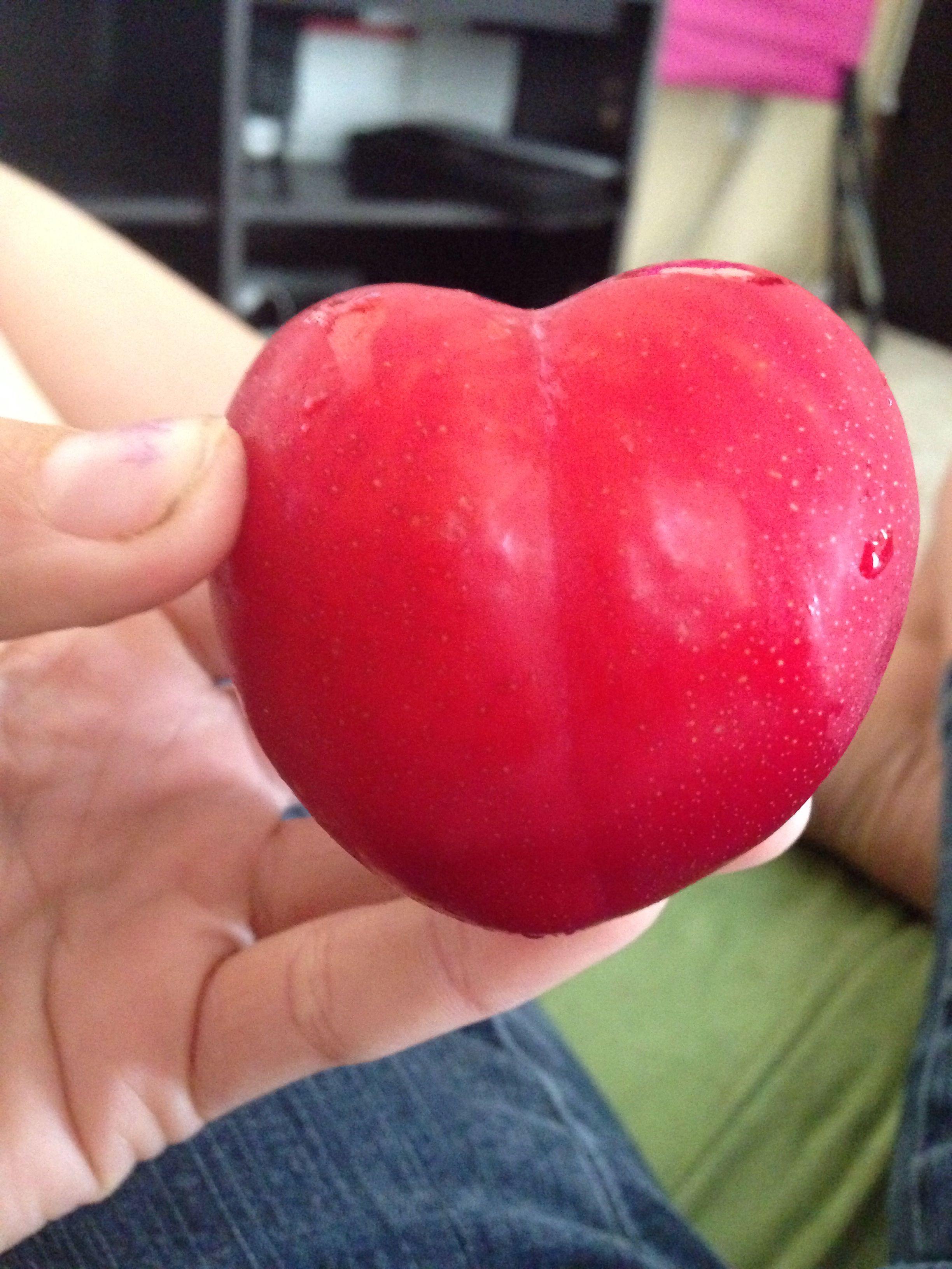 It's a plum ?!?