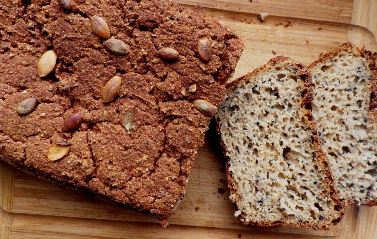 Chleb bezglutenowy z quinoą Desserts, Food, Bread