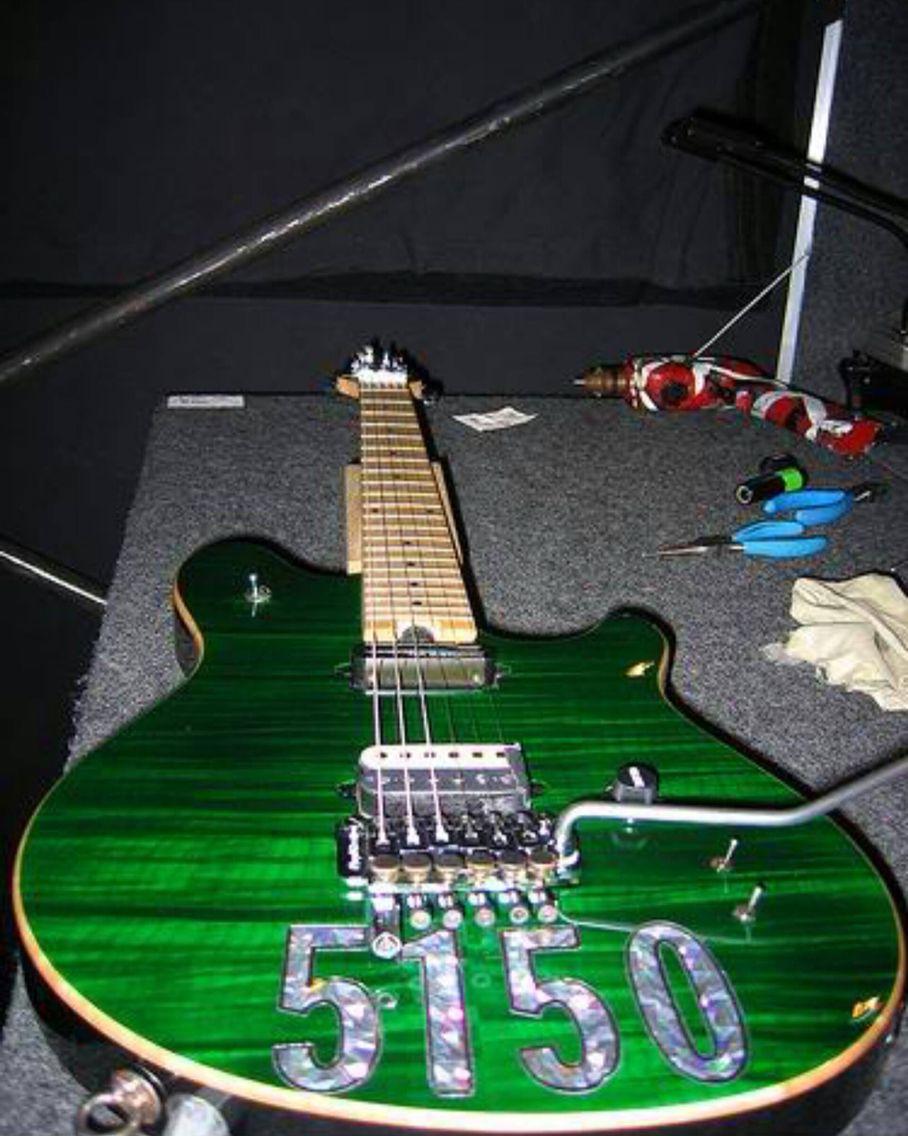 Wolfgang With Sustainer Eddie Van Halen Guitar Pics Bucket List Guitar