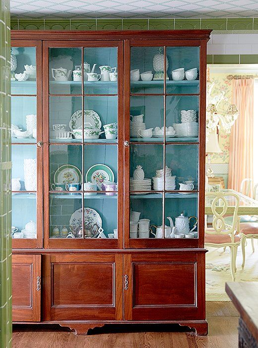 Merveilleux The Designers Installed An Antique Library Cabinet To Store And Display  Their China. U201cItu0027s