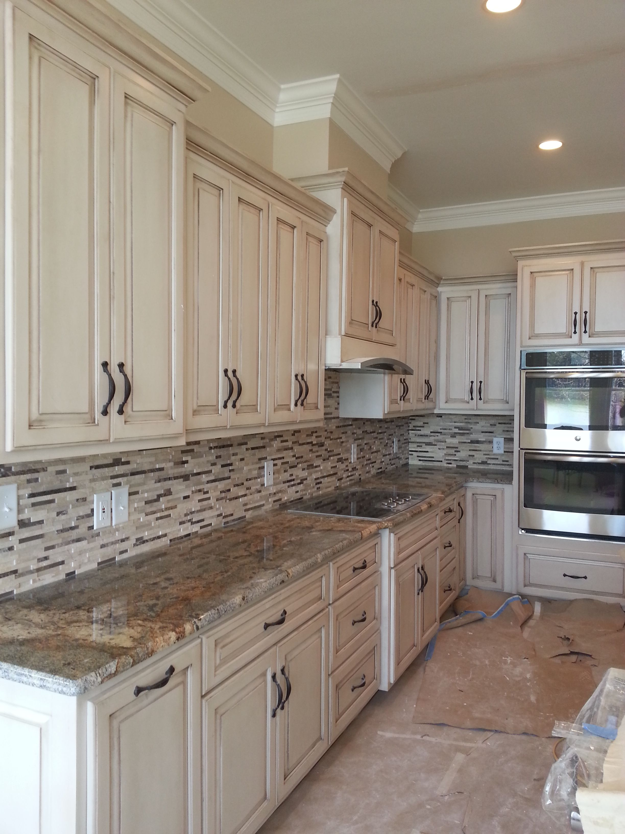 Tile Kitchen Back Splash Tuscan Kitchen Beige Kitchen Beautiful Kitchen Cabinets