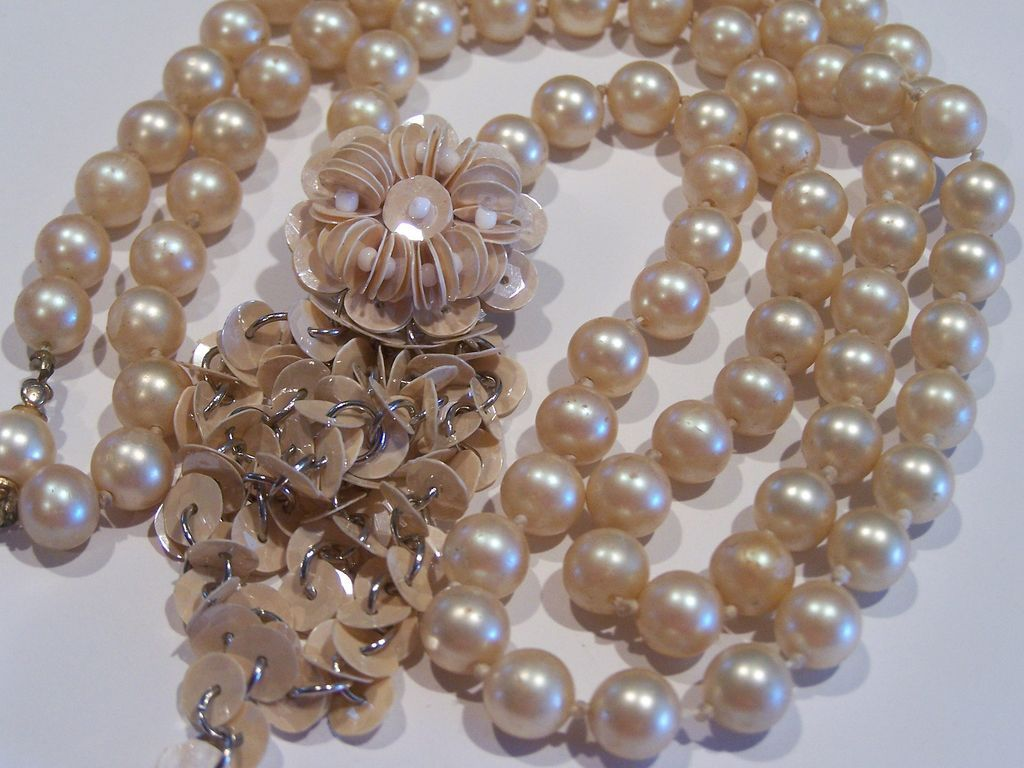 Treasure Box Jewelry Faux Pearl Necklace With Flower Dangle from sparkles on Ruby Lane