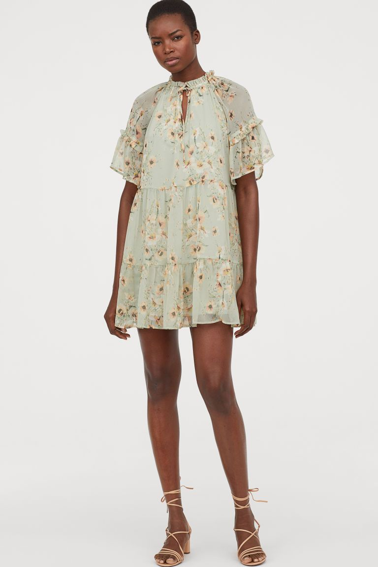 Short chiffon dress   Light green/Floral   Ladies   H&M 20 ...