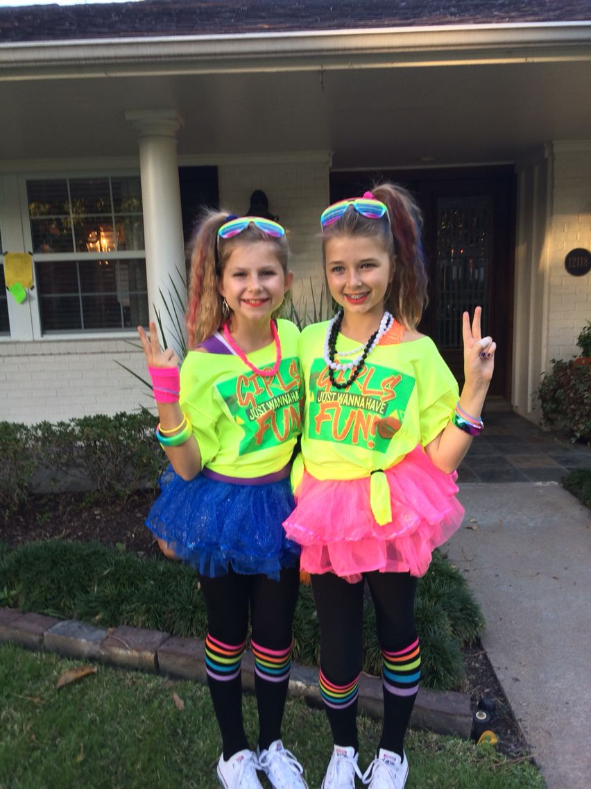 Fun girls 80s costume! \u2026