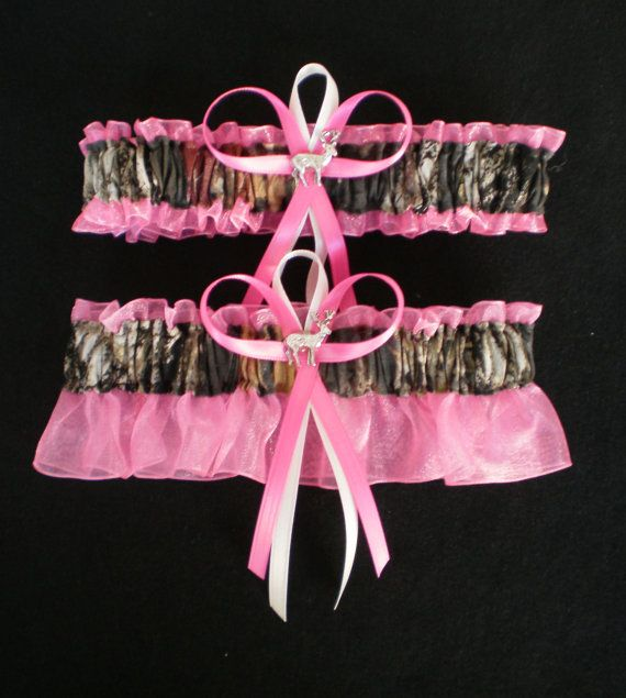 Plus Size Wedding Garters: Mossy Oak Hot Pink Plus Size Wedding Garter Set Camouflage