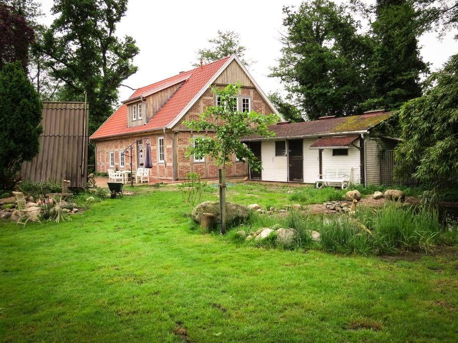 Garten mit Teich, Pferdestall und Gartenhaus Haus mieten