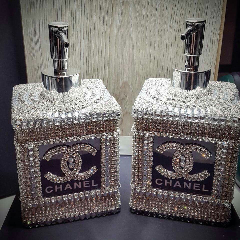 Chanel liquid soap and lotion dispensor bebe 39 a for Bathroom accessories with bling