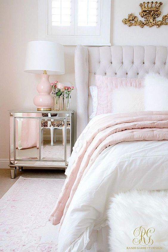 16 Ideas Para Decorar Una Habitacion Blanca Cosas De Dormitorio Decoracion Del Dormitorio Decoraciones De Dormitorio