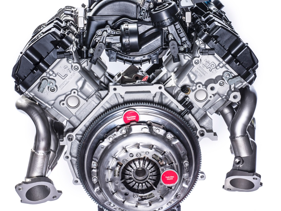 holy flat plane crankshaft we finally get an in depth look at the ford mustang shelby gt350gt350rs 52 liter v 8 cars pinterest ford mustang shelby