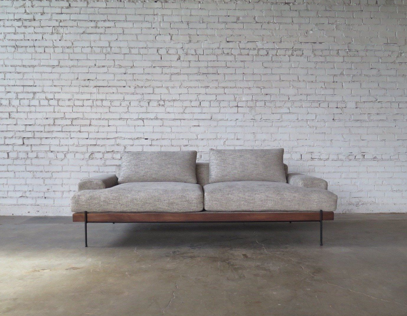 New Design The Rivera Sofa Croft House Handmade Home Furniture Sofa Modern Wood Furniture