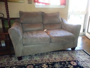 Surprising Suede Taupe Couch For Sale In Charlotte Nc Nc Offerup Evergreenethics Interior Chair Design Evergreenethicsorg