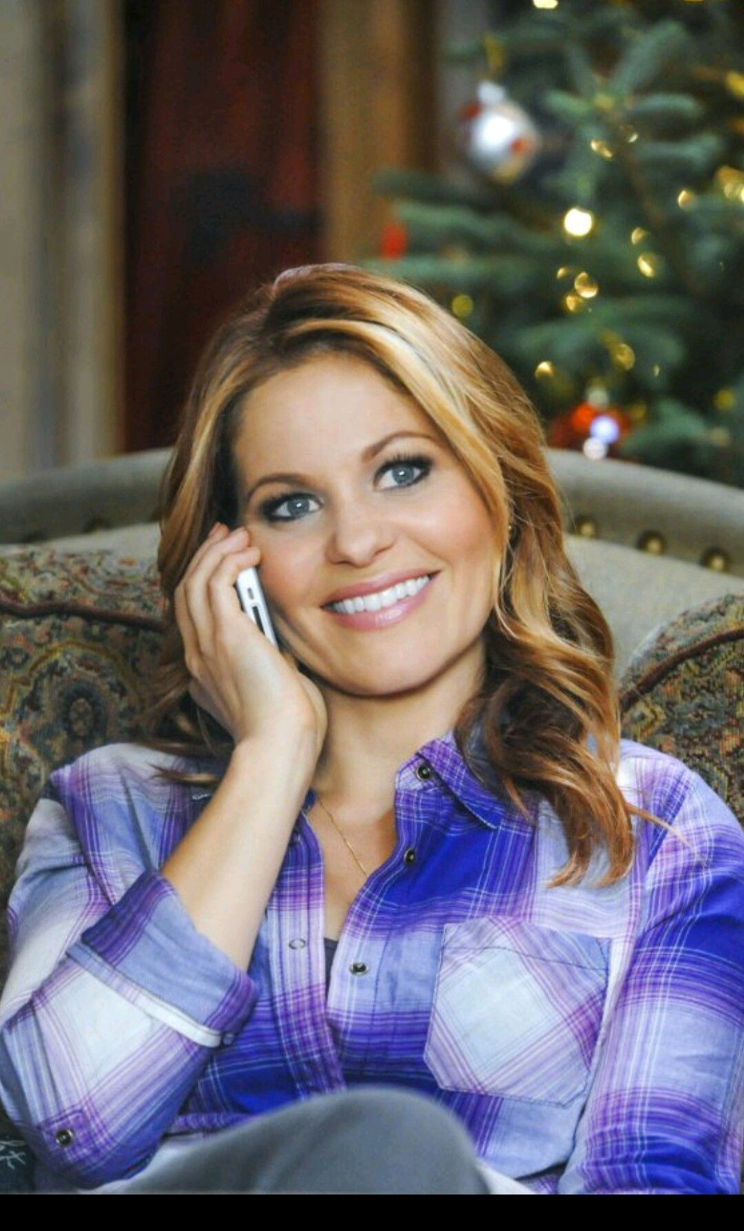Christmas Under Wraps.Candace Cameron Bure In Christmas Under Wraps 2014