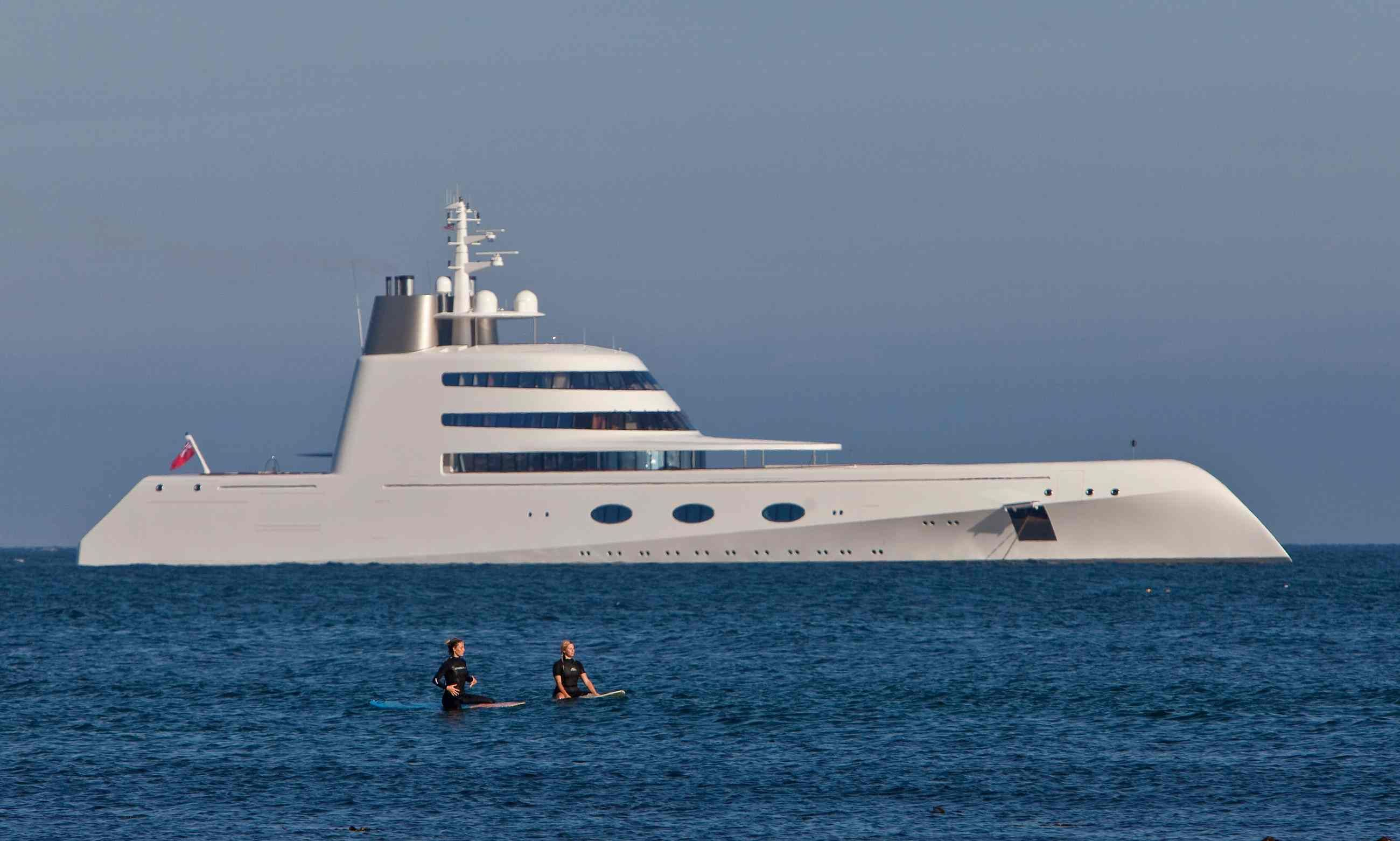 Superyachts And Bragging Rights Why The Superrich Love Their - Giga yacht takes luxury oil tanker sized extreme