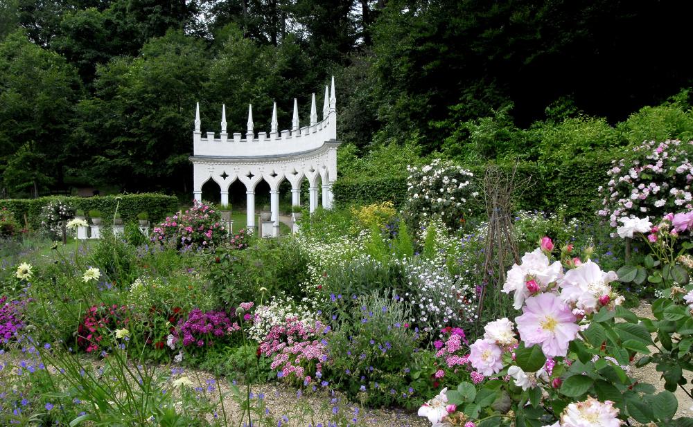 Rococo Garden Google Search In 2020 Manor House Manor Garden Arch