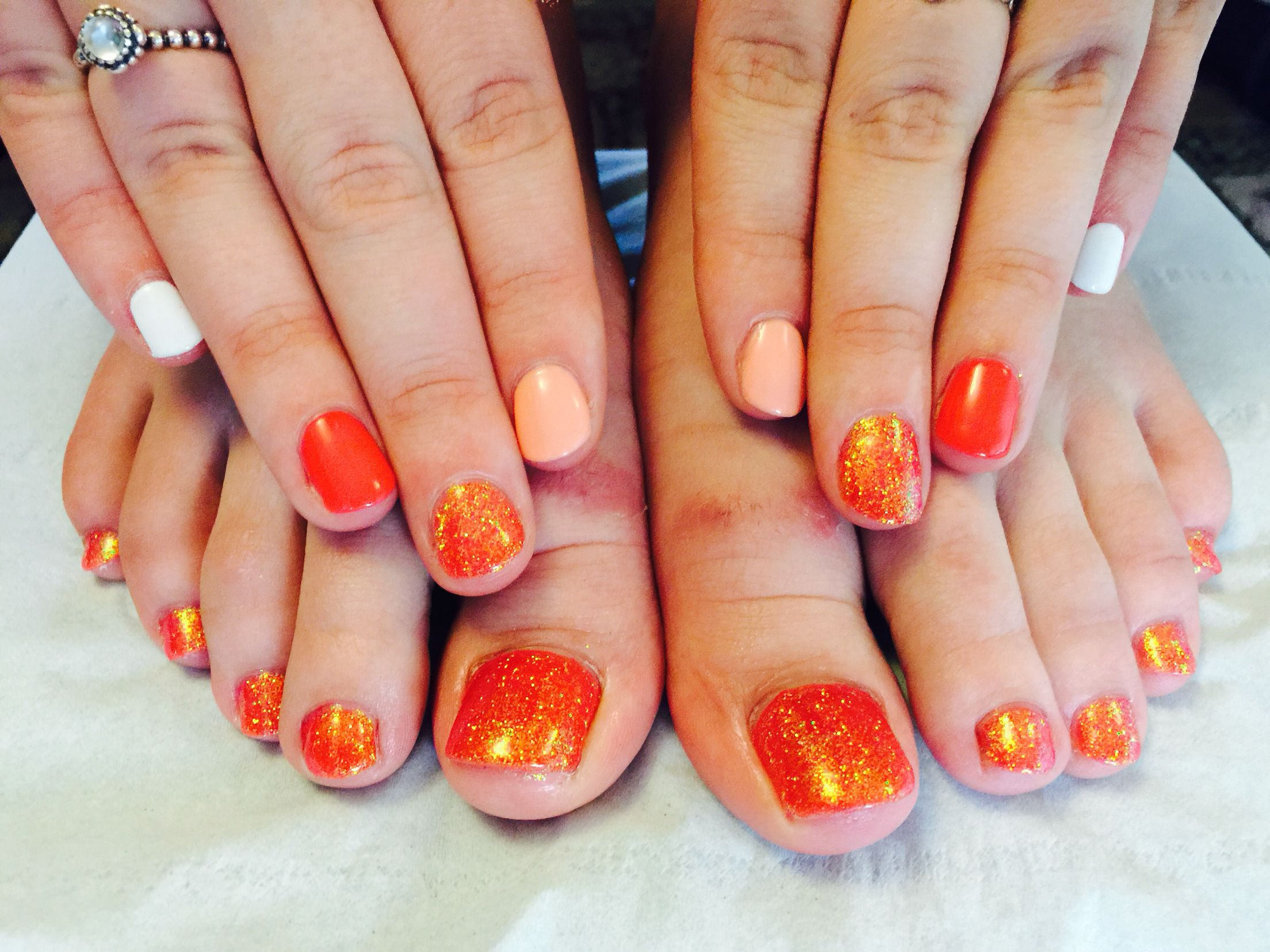 Shellac cnd nail design lovely summer colours with glitter too shellac cnd nail design lovely summer colours with glitter too light pink and coral and prinsesfo Images