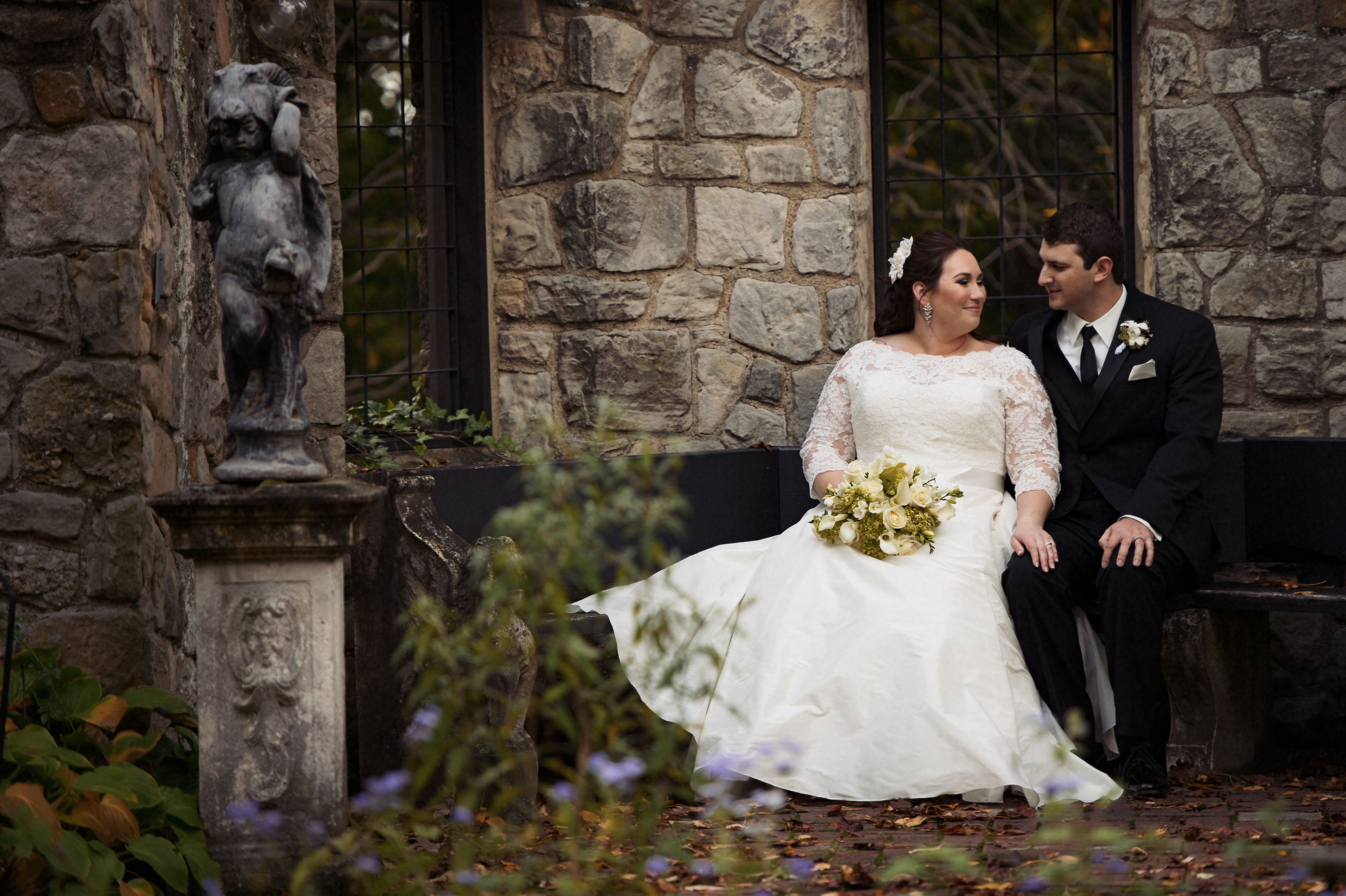 Stan Hywet Hall Gardens Encompasses 70 Acres Of Gardens And Grounds That Can Provide A Stunning And Unique Setting Wedding Ceremony Wedding Schedule Ceremony