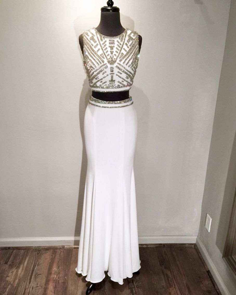 Jovani platinum collection jp in white and black